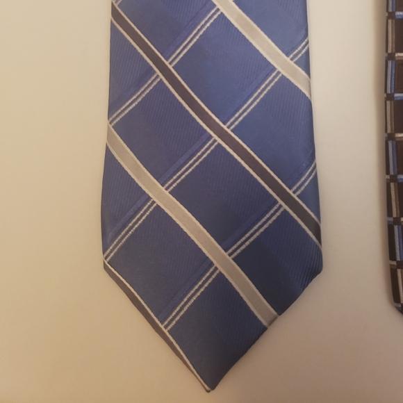 MICHAEL KORS tie blue stripes checks